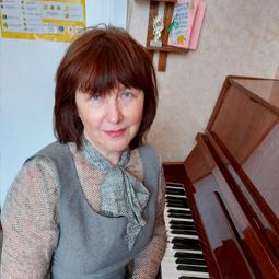 Ніна Кустарева