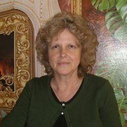 Олена Парієва