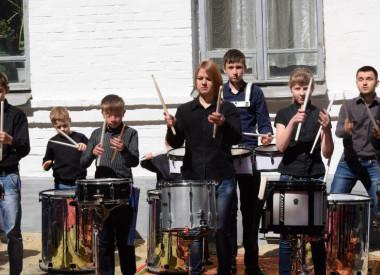 Відділ духових та ударних інструментів