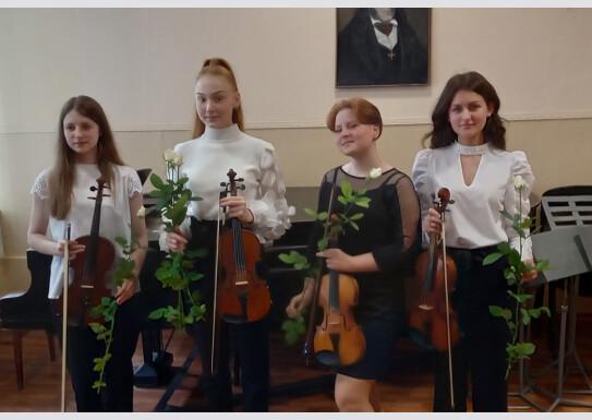 Останній іспит оркестровоговідділу(струнно-смичкові)